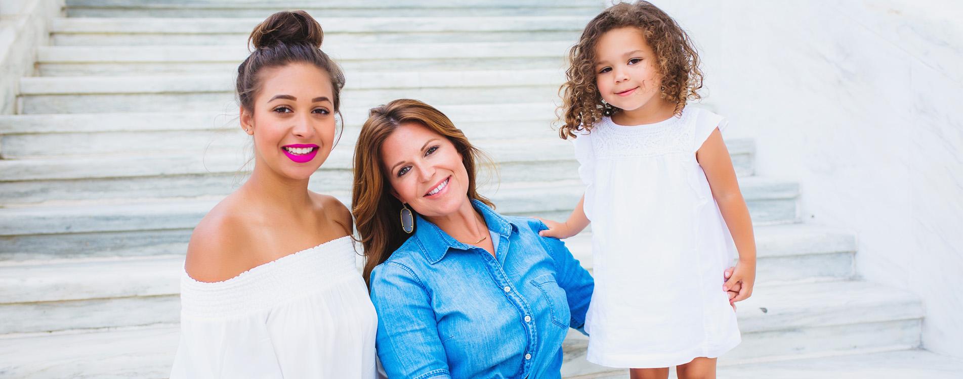 Mindy Slider-family